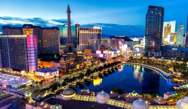 YOUR GUIDE TO BECOMING A LAS VEGAS LOCAL | Avi Dan-Goor Berkshire Hathaway